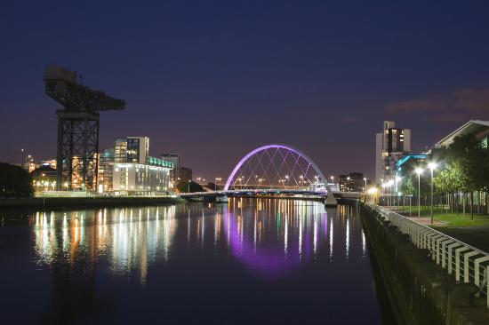 Glasgow at night.  Photo credit: TripAdvsor